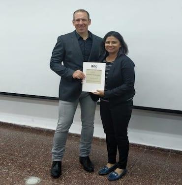 Dr. Apurva & Dr. Schneider, Gadi